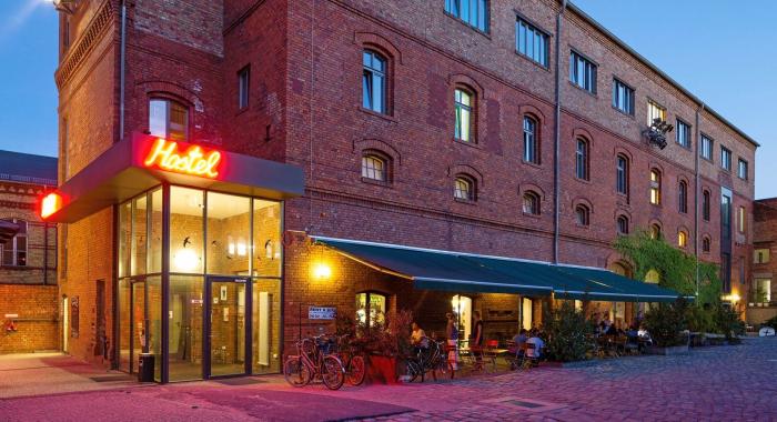 pfefferbett hostel berlin hostel jobs
